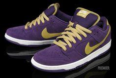 "Nike SB Dunk Low ""Crown Royal"""