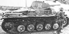 PzKpfw II Ausf C Panzer Ii, Mg 34, Army Vehicles, Armored Vehicles, Heroes And Generals, German People, Military Armor, Ww2 Photos, Armored Fighting Vehicle