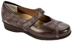 Zapatos anchos especial 667