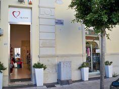 """""""Quore"""" abbigliamento per bambini in via Principe di Piemonte, 2 a Galatina (LE) - Puglia www.quorestore.it"""