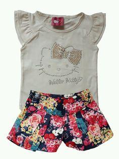Conjunto de Blusa com bermuda de tecido estampada