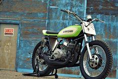 The Mach Chicken: A smokin' Kawasaki S1 tracker | Bike EXIF