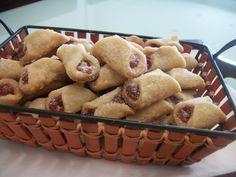 Aprenda a preparar a receita de Beliscão de goiabada ( goiabinha )