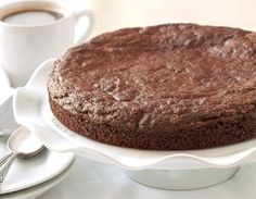 This healthier kladdkaka (Swedish sticky chocolate cake) is gluten-free, grain-free, dairy-free and 100% whole grain!