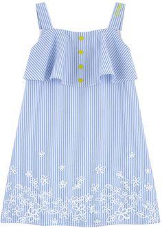 T-shirts Emporio Armani Junior : Nouvelles Collections pour enfants Girls Dress Pants, Kids Dress Wear, Little Girl Dresses, Baby Frocks Designs, Kids Frocks Design, Baby Girl Dress Patterns, Baby Dress, The Dress, Baby Girl Frocks
