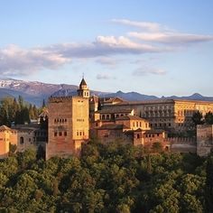 12 Of The Best Places To Study Abroad #3 Granada, Spain!!