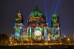 Berliner Dom /// Berlin Cathedral Church @ Berlin FESTIVAL OF LIGHTS 2008 (c) Festival of Lights / Christian Kruppa #Berlin #FestivalofLights #BerlinerDom #BerlinCathedralChurch