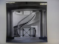 The original 1917 staircase at Heal's store in Tottenham Court Road. Probably the nicest furniture store in London Interior Staircase, Curved Staircase, Interior Architecture, Contemporary Furniture, Cool Furniture, Palazzo Style, Home Interior Design, Interior Ideas, Stairways