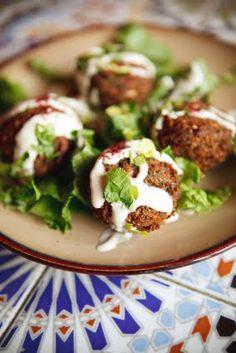 Baked Spinach Falafel with Yogurt Tahini Sauce Lebanese Recipes, Greek Recipes, Arabic Recipes, Syrian Recipes, Lebanese Cuisine, Falafels, Cookbook Recipes, Cooking Recipes, Cooking Tips