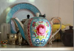 Rose and Turquoise Teapots