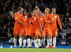 Kan niet wachten Nederland gaat het EK 2012 winnen!! http://www.bet.nl/voetbal/ek-voetbal-2012/