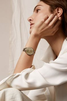 Anne Klein Spring 2018 Mariana Coldebella by Helen Eriksson womens fashion accessories editorial photography editorial fashion editorial accessories watch simple watch Watches Photography, Jewelry Photography, Editorial Photography, Photography Tips, Fashion Photography, Photography Accessories, Photography Classes, Photography Backdrops, Newborn Photography
