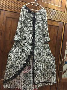 Indian Gowns Dresses, Pakistani Dresses, Day Dresses, Western Style Dresses, Dress Patterns, Kurti Patterns, Kurta Neck Design, Fashion Dresses, Fashion Shoes