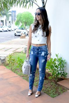 Cropped & Jeans    por Priscila Prado | Cherry Lady       - http://modatrade.com.br/cropped-amp-jeans