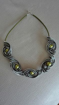 Recycled Jewelry, Recycled Crafts, Aluminum Cans, Bracelet Crafts, Bijoux Diy, Polymer Clay Art, Wire Jewelry, Jewelry Accessories, Jewelry Making