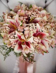 Bouquet of Inspiration Boquette Wedding, Floral Wedding, Rustic Wedding, Wedding Dresses, Blush Bouquet, Flower Bouquet Wedding, Romantic Wedding Colors, Bride Bouquets, Floral Arrangements