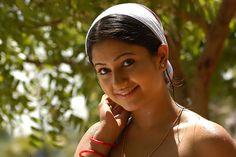 Actress Poonam Bajwa Unseen Photos