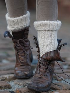 Free knitting Pattern - cable socks from Rowan Knitting. Need to find those boots too… Rowan Knitting, Knitting Socks, Free Knitting, Knitting Patterns, Look Fashion, Autumn Fashion, Fashion Boots, Fashion Business, Boot Socks