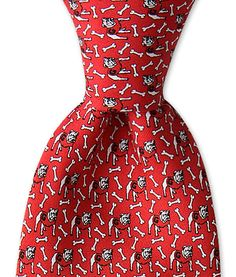 Vineyard Vines UGA tie... the hubs will have to have one!
