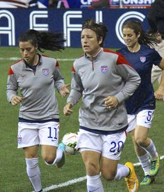 Ali Krieger, Abby Wambach and Kelley O'Hara run onto the pitch at PPL Park prior to the USWNT vs Mexico semifinal Soccer Girl Probs, Ashlyn Harris, Abby Wambach, Most Popular Sports, A Team, Athletes, Goat, Ali, Girls