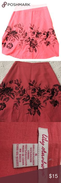 Coral black floral A lime linen skirt Coral floral black embroidered A lime skirt  great for spring! Linen skirt. In last picture where my fingers are at are two small flaws in skirt. Small nicks in fabric. Not noticeable when on. Same floral stitching all around skirt size 6 Skirts A-Line or Full