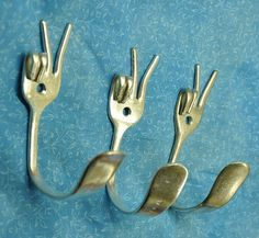 Repurposing old silverware - lots of very cute ideas.