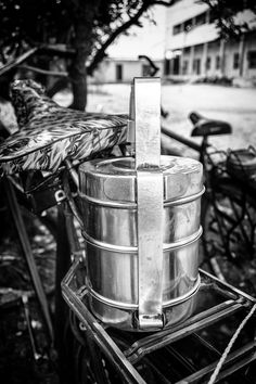 Dabbawala, lunchtime in India