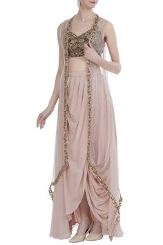Buy Embroidered blouse with cape & draped skirt by Nitika Kanodia Gupta at Aza Fashions Indian Wedding Outfits, Bridal Outfits, Indian Outfits, Indian Designer Outfits, Designer Dresses, Look Fashion, Indian Fashion, Stylish Dresses, Fashion Dresses