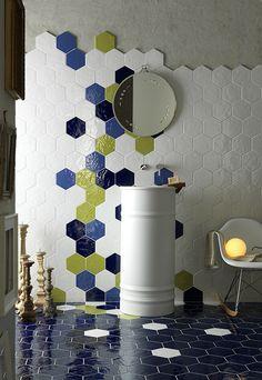 Tonalite Ceramiche, collezione Exabright, rivestimenti bagno e cucina e pavimenti in gres di forma esagonale. Puoi acquistarlo presso il nostro negozio a Roma