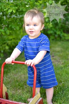 Simply Summer Romper – Tutorial and Free Pattern! Sewing Baby Clothes, Baby Clothes Patterns, Baby Patterns, Diy Clothes, Sewing Projects For Kids, Sewing For Kids, Free Sewing, Sewing Crafts, Diy Projects
