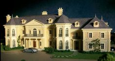 Architectural model for classic mansion - Wadia Associates