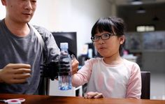 In the age of DIY bionics: Engineer 3D prints cheaper prosthetic arm