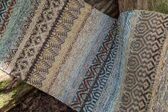 Outdoor Area Rugs Placement - - Red Antique Rugs - Area Rugs In Living Room Blue - Fluffy Bathroom Rugs - Vintage Area Rugs Shabby Chic Loom Knitting Patterns, Weaving Patterns, Knitting Tutorials, Free Knitting, Stitch Patterns, Loom Weaving, Hand Weaving, Rug Inspiration, Weaving Projects