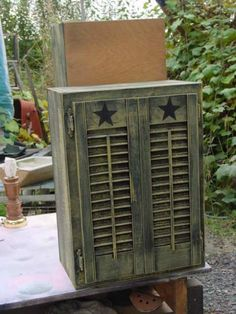 Primitive Painted Cupboard OoOo I have these shutters in the garage! I new I needed to save them. Decor, Wood, Painting Shutters, Country Decor, Primitive Homes, Primitive Decorating Country, Old Shutters, Primitive Furniture, Primitive