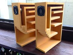 Diy Bookshelf Speakers, Wooden Speakers, Horn Speakers, Diy Speakers, Built In Speakers, Subwoofer Box Design, Speaker Box Design, Open Baffle Speakers, Electronics Mini Projects