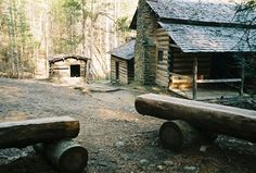 Cades Cove is a place of history Gatlinburg Vacation, Tennessee Vacation, Gatlinburg Tennessee, Cool Places To Visit, Places To Go, Edgewater Hotel, Alaska Travel, Alaska Cruise, Viewing Wildlife