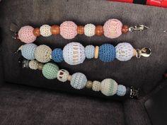 Rangler med heklede trekuler til å henge i babyvogna❤️ Beaded Bracelets, Homemade, Jewelry, Jewlery, Bijoux, Pearl Bracelets, Jewerly, Home Made, Diy Crafts