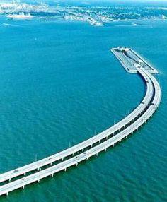 Puente-tunel de la Bahía de Chesapeake, 24 km - Maryland/Virginia