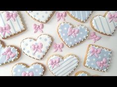 ▶ How To Make Royal Icing Bows! - YouTube