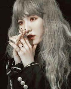 i'll bury my love in moondust. and find you in daydreams. Kpop Anime, Red Velvet Flavor, Indie, Wendy Red Velvet, Beautiful Figure, Blackpink Jennie, Kpop Aesthetic, Celebs, Celebrities