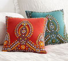 Multi Colored Beaded Pillow Love the design but the beads wouldn't really be that comfortable; maybe try something like this with the detail embroidered?