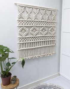 ● D E S C R I P T I O N The AVA large macrame tapestry features a modern geometric design, and is designed and handmade by Rianne Zuijderduin in The Netherlands, Europe. This wall hanging is made with high quality twisted cotton cords. Macrame Design, Macrame Art, Macrame Projects, Macrame Knots, Etsy Macrame, Modern Macrame, Macrame Wall Hanging Patterns, Large Macrame Wall Hanging, Macrame Patterns