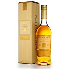 Glenmorangie Nectar D'Òr Single Malt Whisky. Aged for ten years in used bourbon casks and finished for two years in Sauternes casks, this earned a score of 95 points from Wine Enthusiast. Whisky Single Malt, Wine And Spirits Store, Barris, Le Curry, Scotch Whiskey, Whiskey Bottle, Liquor, Wine Pairings, Wine