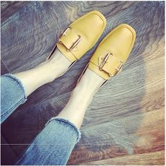 8.78$  Buy here - http://aliu8i.shopchina.info/go.php?t=32800684781 - Female Peas Loafers Yellow White Women Square Head Flats Spring Summer Slip-on Metal Belt Buckle Flat Shoes With Shallow Mouth 8.78$ #buychinaproducts