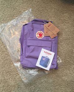 Brand new Lavender-purple fjallraven kanken backpack Backpack Brands, Backpack Purse, Kanken Backpack, Mochila Kanken, Aesthetic Bags, Purple Aesthetic, Cute Backpacks, School Backpacks, Cute School Supplies