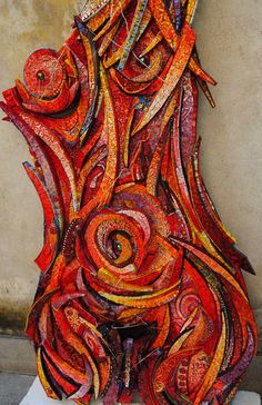 """""""Filo di Arianna"""" (Wire Arianna) 2011 70 x 175 cms. Smalti, vitreous glass, pearls, wire. Giulio Menossi"""