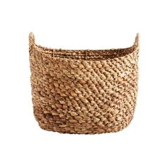 Braided basket made of water hyacinth from Muubs with handles. The basket has a warm and natural colour, which adds soul to the room. Firewood Basket, Water Hyacinth, Nordic Style, Korn, Straw Bag, Cool Designs, Shop Storage, Storage Baskets, Hygge