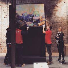 Accrochage per la Biennale Arte 2015 http://tosettoallestimenti.com/fine-art-transport-installazioni/