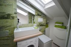 Italian bathrooms: smart solutions for small luxury bathrooms | Design by Arch…