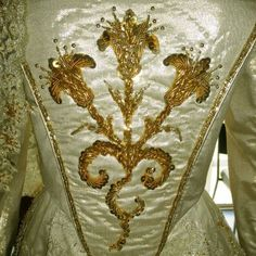 Katerine Howard wedding gown bodice detail